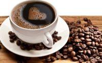 Hidup ibarat secawan kopi. Fokus kepada kopinya, bukan cawannya. Apabila kita meminum kopi, antara kualiti cawan dan kualiti kopi yang manakah yang patut diutamakan? Tidak lain tidak bukan, sudah tentu kualiti kopi kerana ia mempengaruhi rasa dan aromanya. Lagi mahal kopi lagi lazat rasa dan aromanya. Berbanding dengan cawan, semahal mana cawan langsung tidak mempengaruhi rasa kopi. Begitu juga hidup ini, utamakan kualiti kehidupan lebih penting dari kualiti kebendaan yang menampung kehidupan. Hidup ibarat secawan kopi. Fokus kepada kopi, bukan cawan. Semoga tahun 2018 ini kita menikmati kopi yang lebih sedap dan enak berbanding 2017! Afyan Mat Rawi INFAQ Consultancy Status ini tiada kaitan dengan Kopi Pak Belalang.